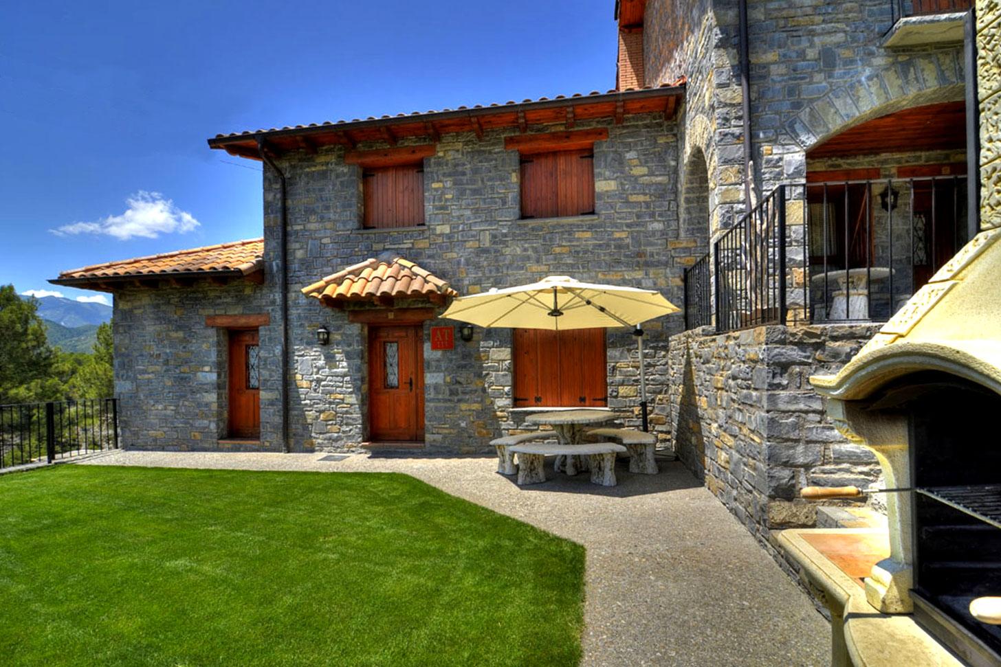 La Encina Casas Rurales Pirineo Aragones Ordesa Alquiler Turismo