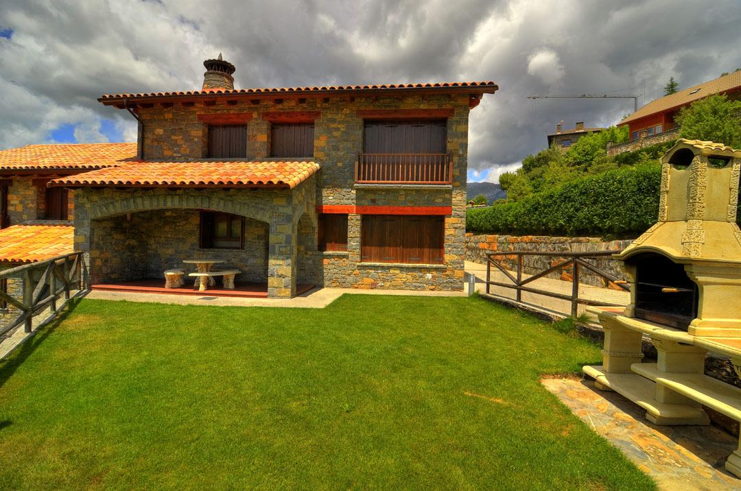 Casas rurales en los pirineos huesca situaci n pirineo casas ordesa huesca parque nacional de - Ordesa casas rurales ...