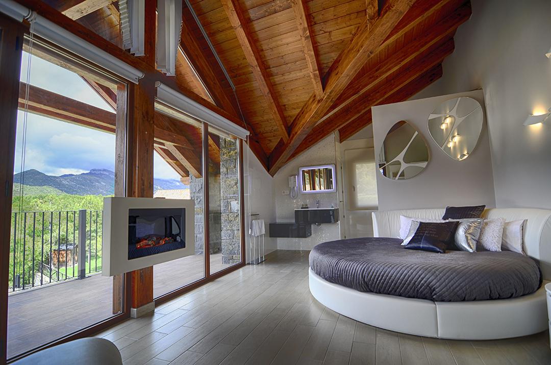 Ordesa ordesa ordesa ordesa pirineo pirineo apartamento rural apartamento con jacuzzi - Casa rural para 2 ...