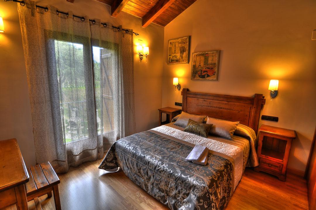 Casas rurales en los pirineos huesca situaci n pirineo for Casa rural 4 habitaciones